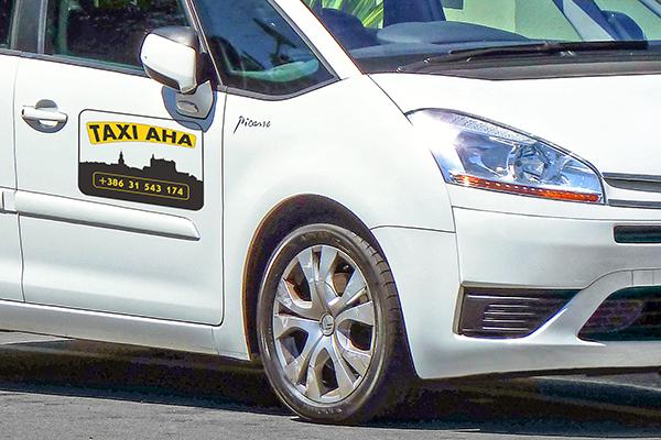 Taxi-AHA Picasso logotip
